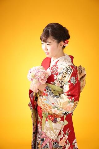 振袖-350 ざわちんブランド 金箔 金駒刺繍 スワロフスキー 地模様 桜 ...